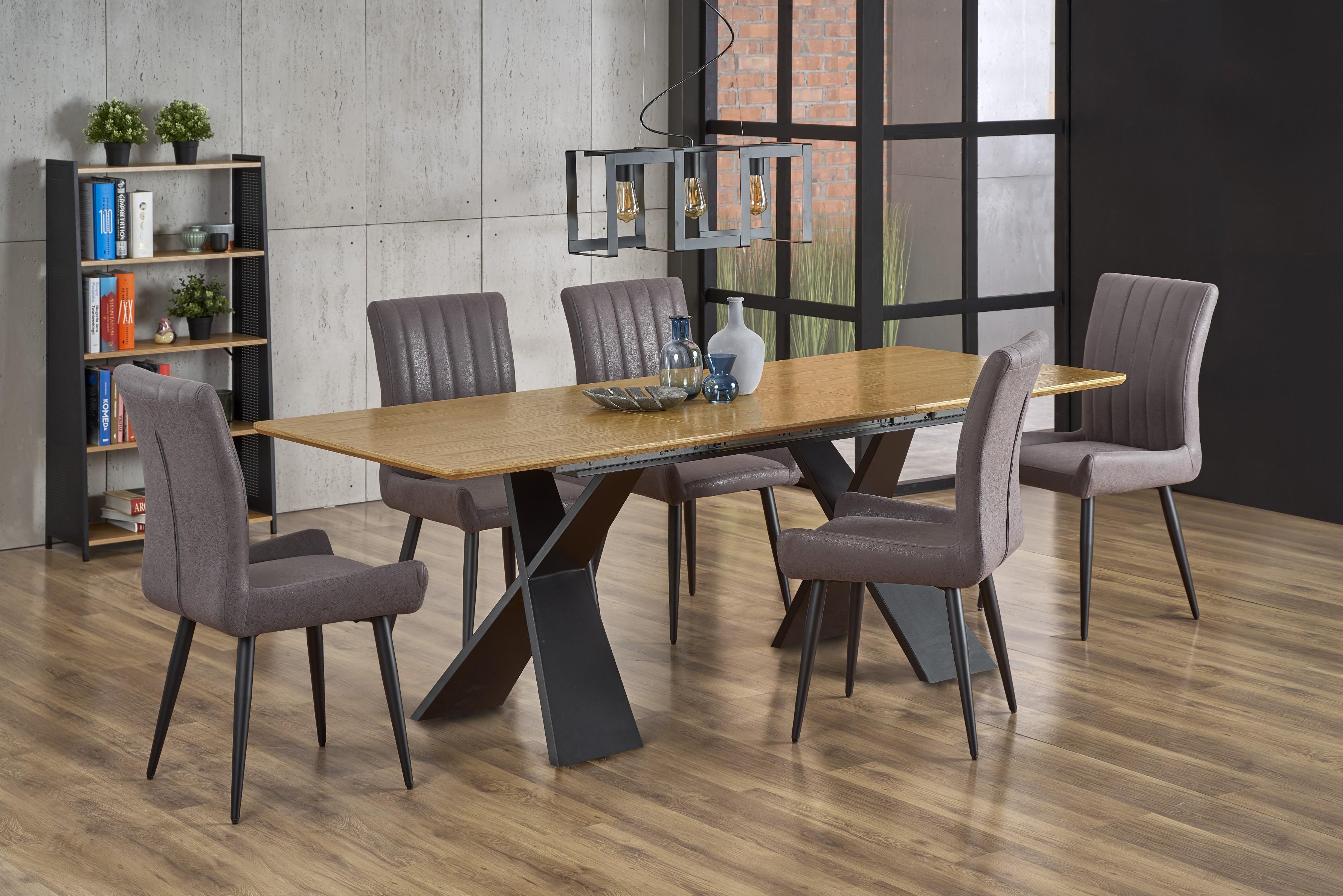CHANDLER rozkladací stôl dub prírodný / čierna