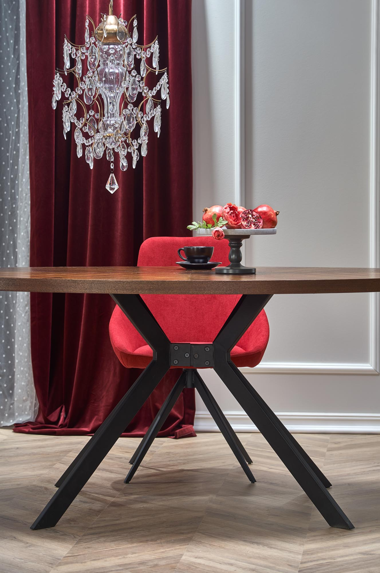 LOCARNO stôl, doska - orech, nohy - čierne